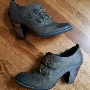 Indigo Clarks Buena Vista Gray Leather Booties 7.5